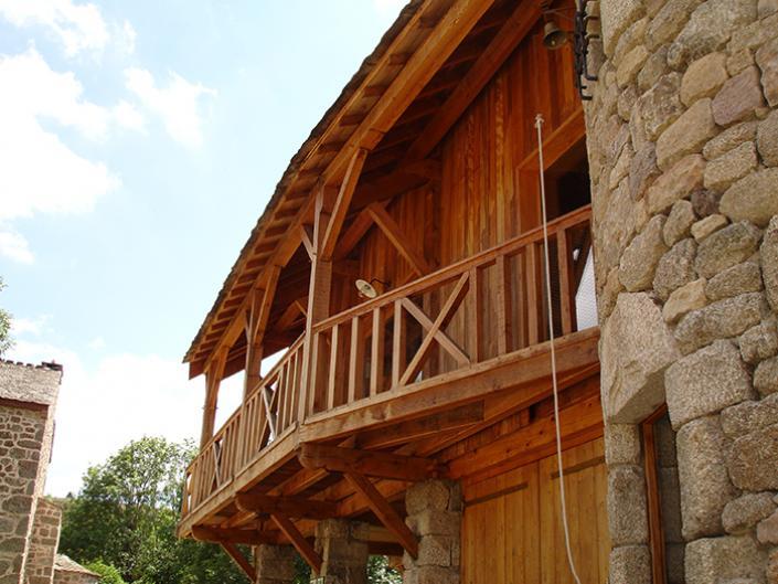 Maison charpente bois traditionnelle, Lozère, Languedoc-Roussillon