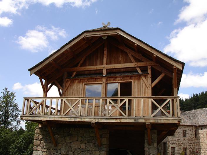 Charpente bois traditionnelle en Lozère en Languedoc-Roussillon